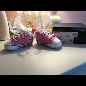 ⭐️ BRAND NEW CONVERSE⭐️ Baby Shoes